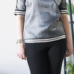 Офисная блузка с коротким рукавом