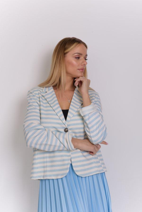 Трикотажный пиджак в полоску