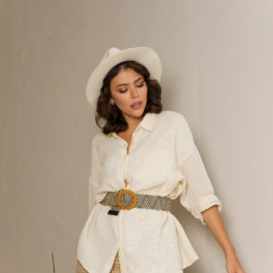 Блузка с вышивкой